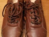 Lightly worn pair of Women's WORX by Red Wing Shoes