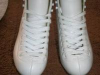 Women'sRiedell Ice skates 110 W White Size 4 Riedell
