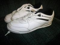 Womens White Bowling Shoes By Brunswick Size 3 Like NEW