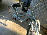 NICE BLUE BIKE DOESN'T HAVE ANY SPEED CHANGE, WIDE