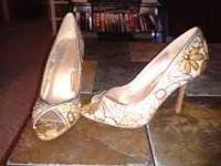 2 pair of womens charolette russe high heels size 7.