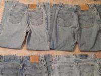 Assortment of womens Levis, all in good condition (no