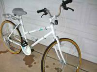 "Womens Vintage ""Bio-Tech"" Cruiser Bike. 10-Speed. 18"""