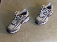 WOMENS ACHIEVE NEW BALANCE SHOES. AS NEW, UNUSED. THESE