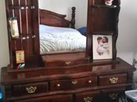 Type:FurnitureType:Bedroom Set King Size Bed Dresser