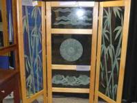 Hickory Wood and Glass Screen. Glass has etching and