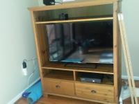 Type: Living Room Type: TV/Entertainement Stand Very