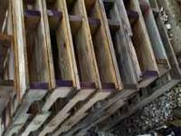 Wood heavy duty pallets $3 each call or text 1-
