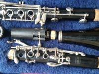 For sale is Wood Selmer Bundy Clarinet. It has a