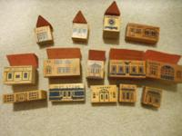 From the 40/50's, 14 antique wooden building blocks