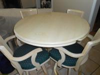 Strong White wash lumber 42 inch round bar type table
