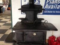 WOOD FIRE COOK STOVE IN GREAT SHAPE FOR SALE --