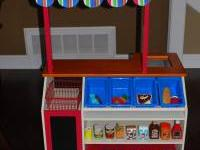 This Market Set includes 1 Wooden Mini Market with