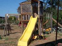 WOODEN PLAY SET GREAT FOR ALL AGE CHILDREN TWO SWINGS