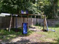 Very nice wooden swing set very sturdy. Pickup in