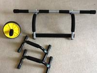 Pull up bar Fits on door frame Can also be used on