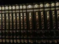 Selling World Books Encyclopedia 22 vol. in excellent