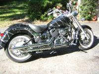 OFFERED HERE IS A YAMAHA V-STAR 650 CLASSIC COMPLETELY