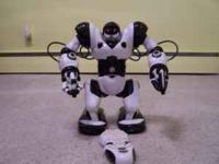 Robosapien Humanoid Toy Robot with Remote Control by