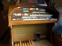 This is a 1973 wulitzer organ works great!... in great