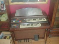 Wurlitzer Funmaker II organ; Seems to work fine, asking