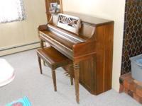 wurlitzer model 2725 upright piano in good cond. 500.00