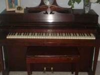 Nice, used Wurlitzer Upright Compact (Apartment Size)