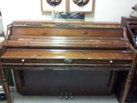 Wurlitzer Upright Piano Used. The piano is utilized
