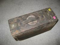WW1 30 CAL. WOODEN AMMO BOX WITH DOVETAIL SIDES, METAL