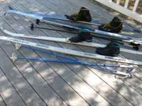 Mens - 210 fischer europa 99 crown skis, leki poles,
