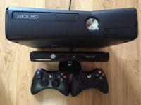 Excellent condition, rarely used XBOX 360 (4GB) w/