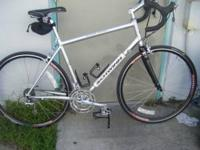 59/61 cm or XL Fanastic Road Bike in Mint Condition.