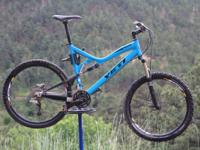 Up for sale is my awesome Yeti 575 in classic