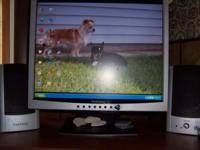 "very nice quick response 15"" flat screen monitor, with"