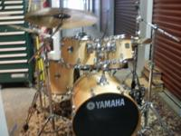 Yahmaha Birch Stage custom 5 pc kit. Almost 2 yrs