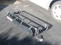 """Yakima Rack system. 48"""" bars, Q towers with pads, Clips"""
