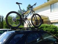 Selling one Yakima Raptor roof bike rack. This racks