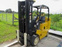 Yale Fork Lift Runs on LP Model GLC080LCNSBE085BCS Max