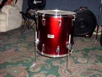 "Yamaha 16"" Red Wine Floor Tom. Model # FT516GC. Very"
