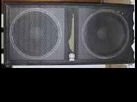 Yamaha 2-18 subwoofer, used 6 times in excellent shape!