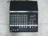 older yamaha EM2820 powered sound board 8 channel has