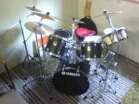 5 piece Yamaha Drum Set with Sabian & Zildjen cymbals
