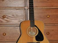 Yamaha FG335 Acoustic Guitar in very good-excellent