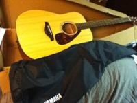 Yamaha Acoustic Guitar- FG700S This guitar is