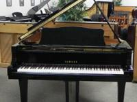 Yamaha G5 Grand Piano Black polish finish with padded