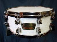 Beautiful, beautiful snare in mint condition. Call or