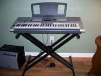 This is a Yamaha PSR-E403/YPT-400 Keyboard. It has