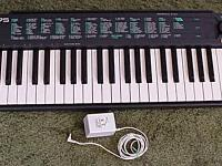 A nice used YAMAHA KEYBOARD model PSR-75 has advance