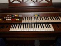 Yamaha Organ Model B-40U-I A/W Serial # 36241 Includes