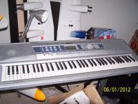 With 76 keys and computer ready The DGX-200 is a